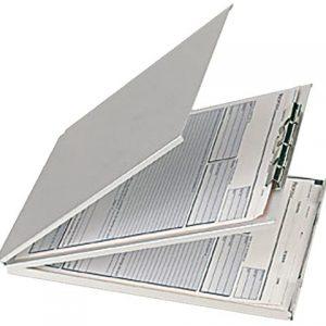 DezeKlembordkoffer aluminium A4 met top-opening en met afdekplaat is ideaal voor het gebruik onderweg. Papieren blijven netjes